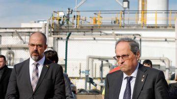 Buch y Torra visitan el centro de coordinación avanzada en los alrededores de la empresa química que sufrió una explosión