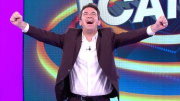 Arturo Valls celebra en '¡Ahora caigo!'... ¡que ya queda menos para la próxima Navidad!