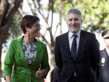 María Gámez junto a Fernando Grande-Marlaska