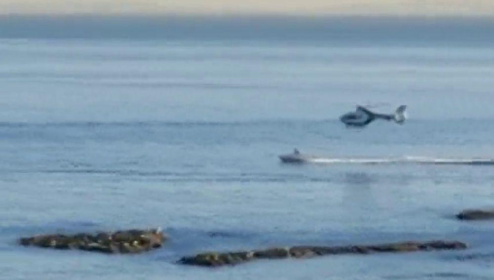 Dos detenidos por narcotráfico tras una espectacular persecución con helicóptero en la Bahía de Algeciras