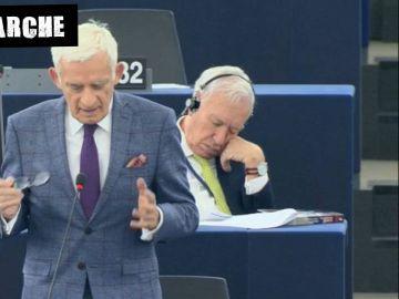 García- Margallo, dormido en el Parlamento Europeo