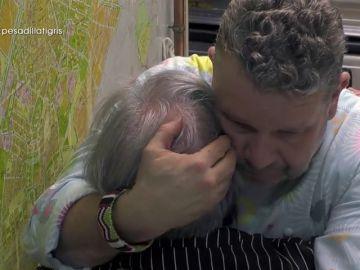 """El mensaje de aliento de Chicote a una cocinera hundida: """"Una mujer con tanto valor como tú no debería llorar nunca"""""""