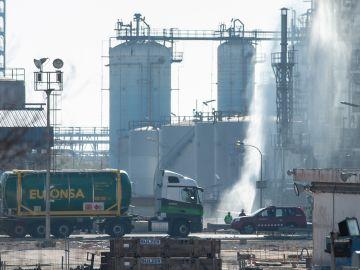 Vista del lugar del accidente en la empresa petroquímica IQOXE