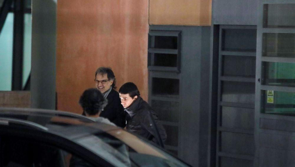 El presidente de Òmnium Cultural, Jordi Cuixart, sale de prisión