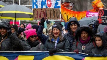 Imagen de la Marcha de mujeres alrededor de la Casa Blanca.