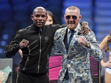 Floyd Mayweather y Conor McGregor