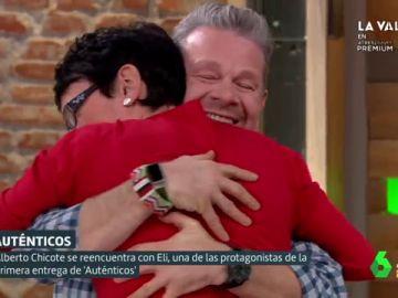 """El emotivo reencuentro entre Chicote y Eli (de Auténticos): """"Se te mete en el corazón y no te olvidas de ella"""""""