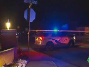 Un menor mata a tiros a cuatro miembros de su familia, tres de ellos niños