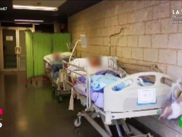 """Hospitales """"al límite"""" por la epidemia de gripe: """"Los pacientes están tirados como puñeteros animales"""""""