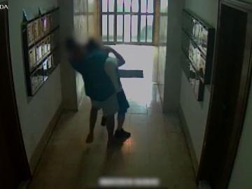 Estrangulados con la técnica del 'mataleón': así actuaba un peligroso ladrón detenido en Barcelona