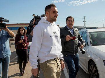 Paco Alcácer pasa el reconocimiento médico con el Villarreal.