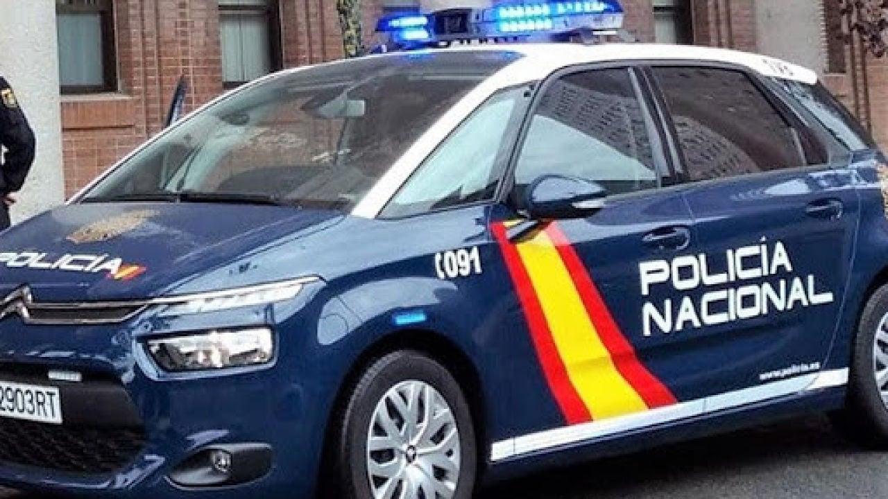 Una patrulla de la Policía Nacional