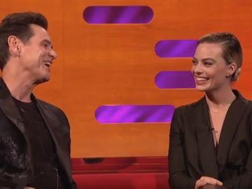 Jim Carrey junto a Margot Robbie