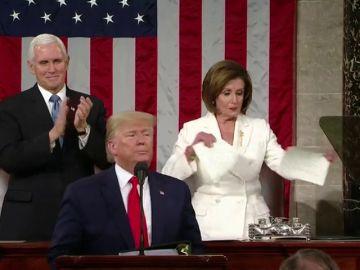 Pelosi rompe en dos el discurso del Estado de la Unión de Trump