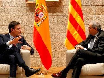Pedro Sánchez y Quim Torra a su llegada a la Generalitat