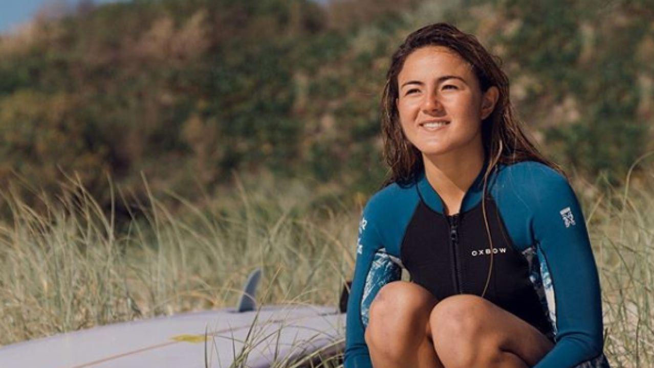 La surfista Poeti Norac