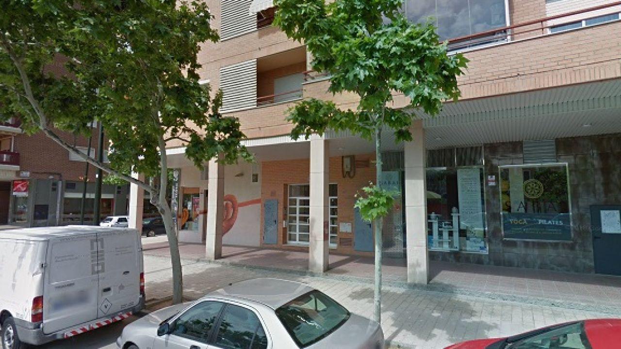 Un hombre se hace pasar por repartidor y acuchilla a una menor en la puerta de su casa en Zaragoza