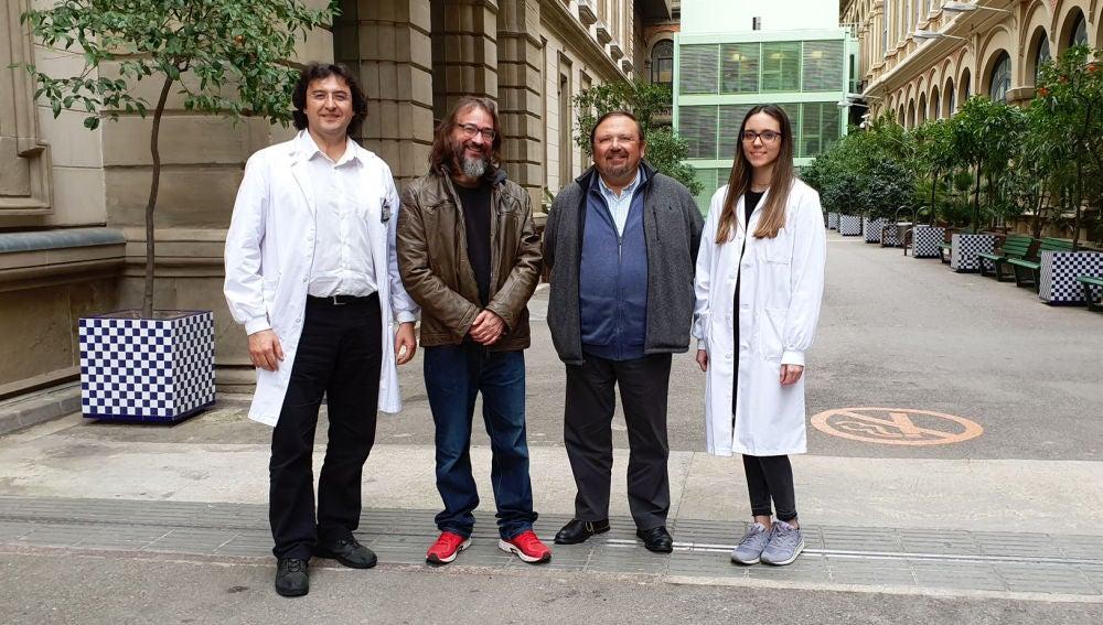 Foto de grupo de los autores del trabajo