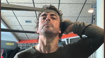 Fernando Alonso entrenando en el gimnasio