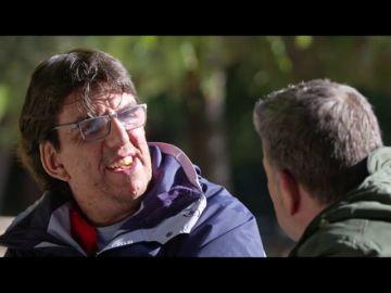 """El sufrimiento de Juan Antonio al sentirse """"rechazado"""" por su enfermedad: """"Me miran muy descaradamente, como si tuviera algo contagioso"""""""