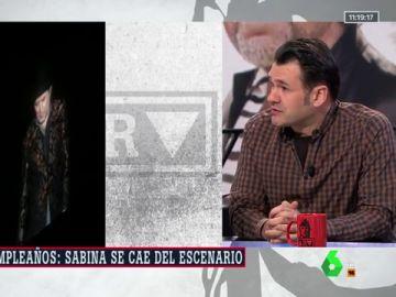 """Iñaki López presenció la caída de Joaquín Sabina en pleno concierto: """"Se hizo un silencio absoluto"""""""