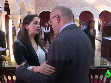 """Vídeo Manipulado - Lo que no se vio de la tensa charla entre Arrimadas e Igea: """"Te voy a estar vigilando"""""""