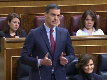 Pedro Sánchez responde a Pablo Casado en la sesión de control
