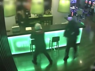 Así era el 'modus operandi' de dos violentos atracadores de salones de juego en Valencia