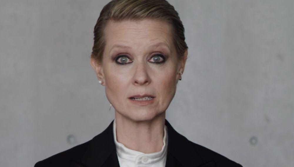 Imagen del vídeo de Cynthia Nixon