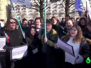 Miles de personas se manifiestan en Rusia contra las reformas constitucionales anunciadas por Putin para reforzar su poder