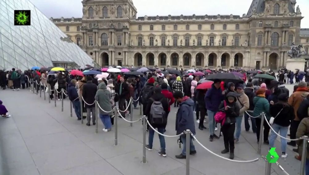 Los trabajadores del Louvre deciden cerrar el museo como medida de prevención ante el coronavirus