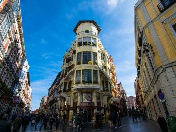 León y Gaudí