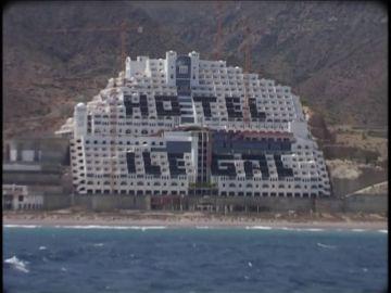 El año que Greenpeace convirtió el Algarrobico en el símbolo de la lucha contra la especulación en la costa
