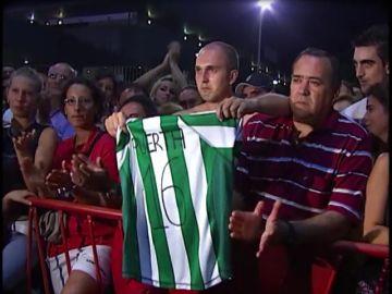 En 2007 la muerte del futbolista Antonio Puerta conmocionó al mundo del deporte y unió a las aficiones sevillista y bética
