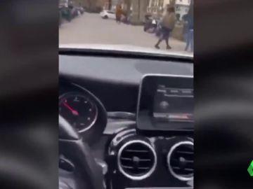 Detenido por conducir por una acera del Paseo de la Castellana