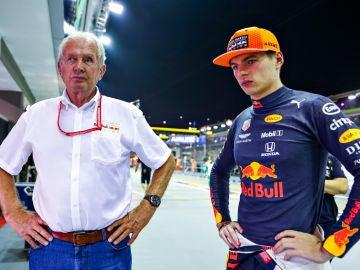 Helmut Marko y Max Verstappen en el GP de Singapur