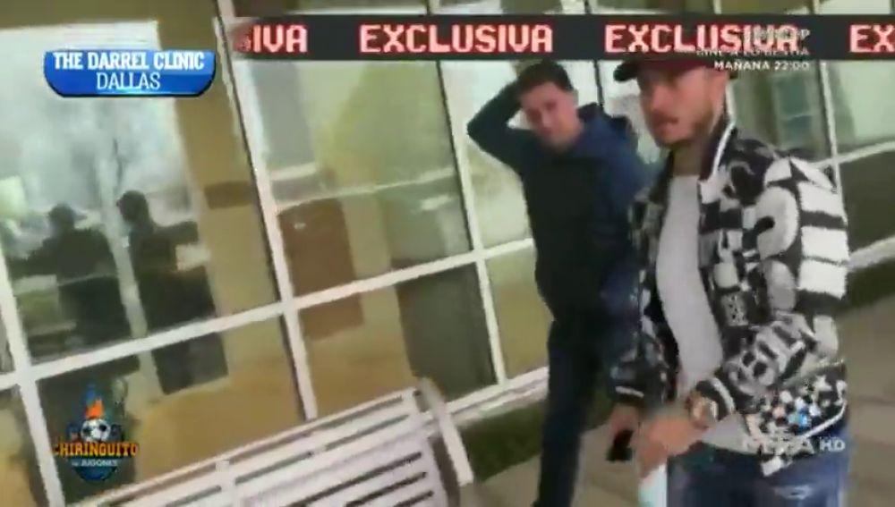 Exclusiva mundial de 'El Chiringuito': hablan con Hazard a su salida del hospital en Dallas