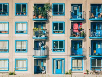 Coronavirus: Miles de músicos valencianos amenizan el estado de alarma desde sus balcones