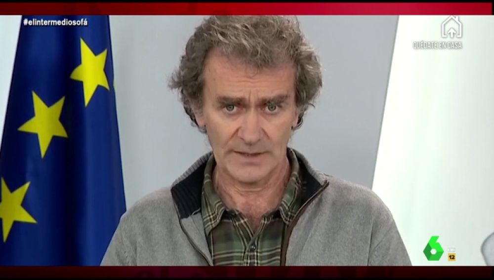 Vídeo manipulado - Fernando Simón intenta hipnotizar a los periodistas durante una comparecencia