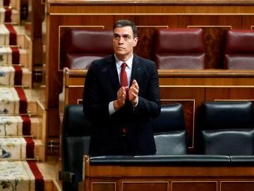 Pedro Sánchez, durante la votación de la prórroga del Estado de Alarma