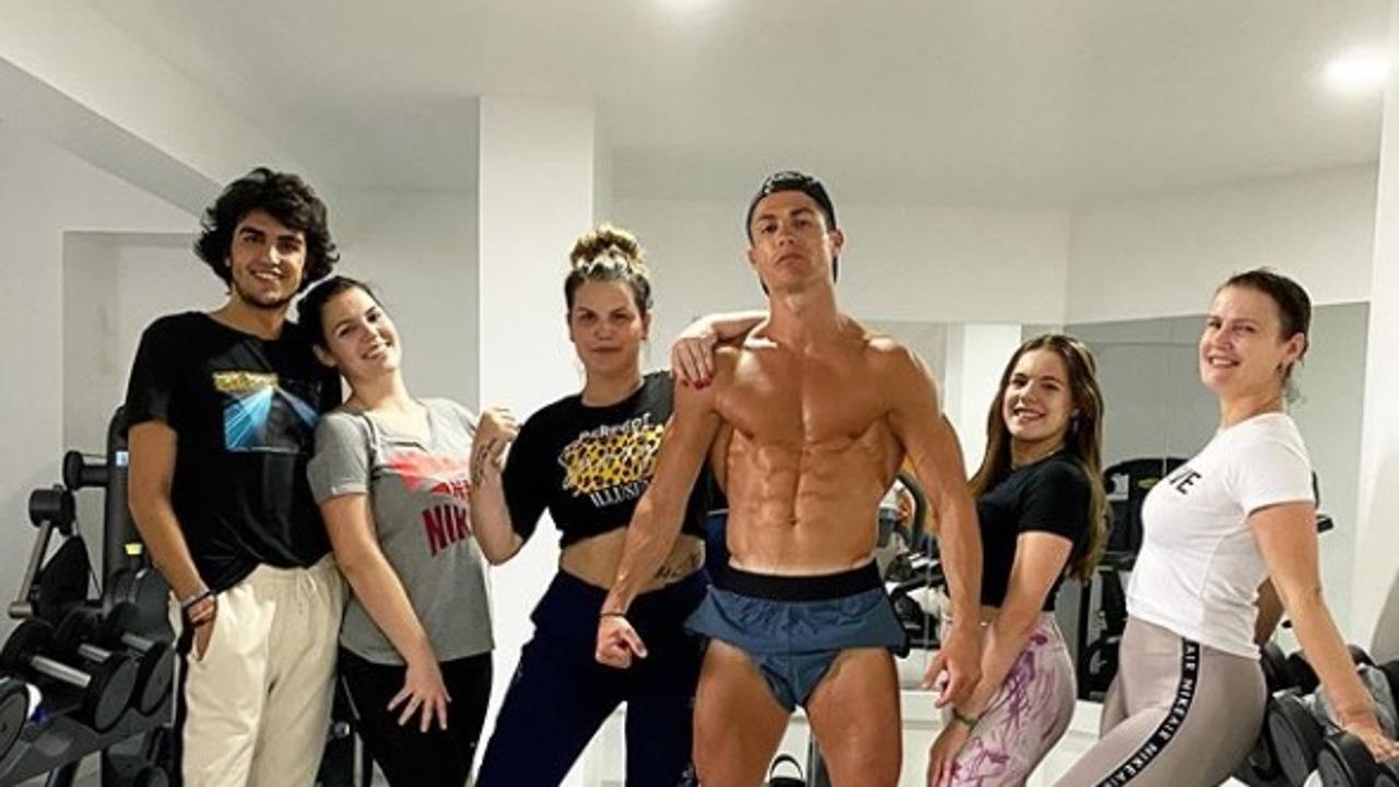 Cristiano Ronaldo junto a su familia