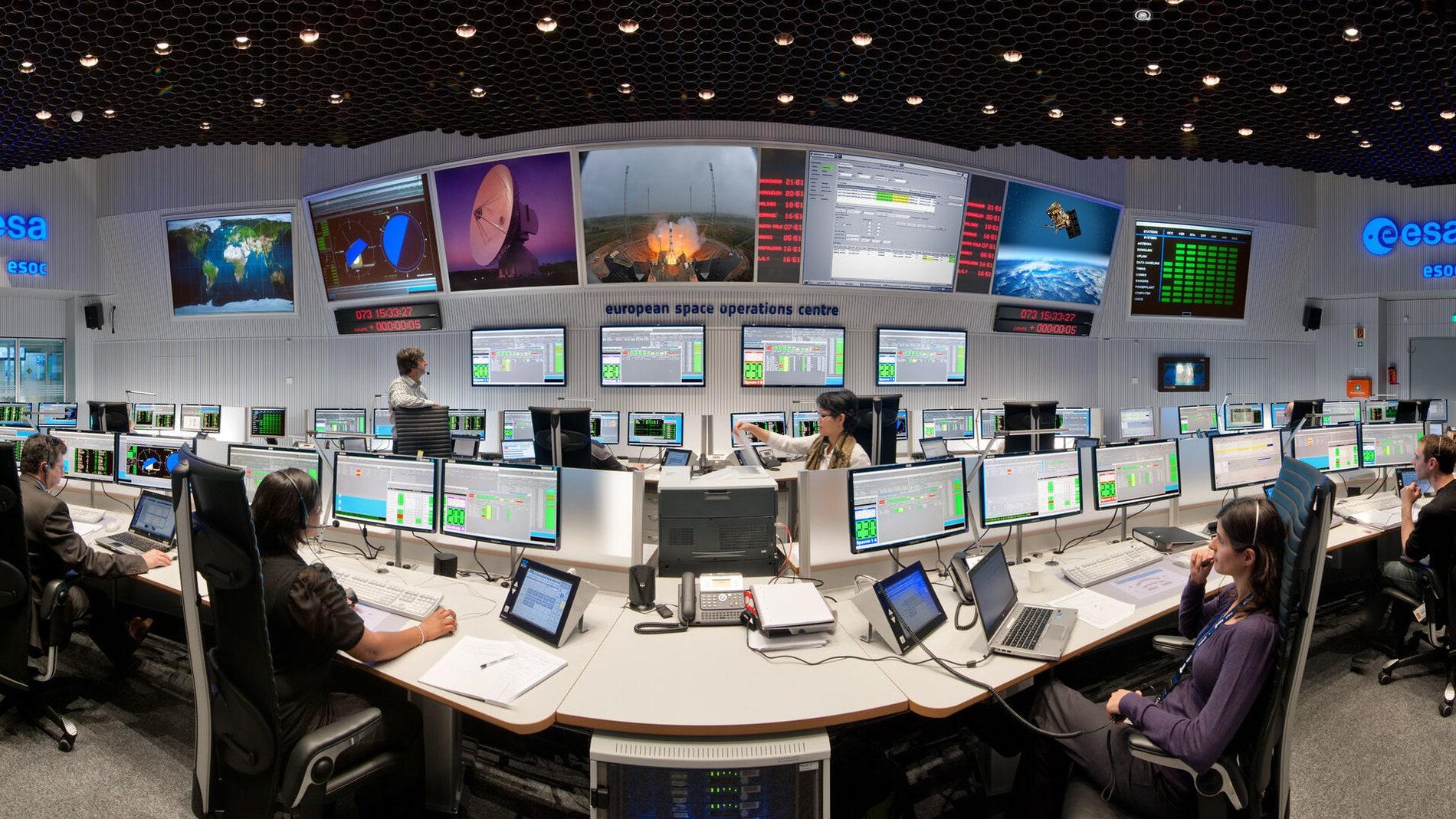 Sala principal del Centro Europeo de Operaciones Espaciales de Darmstadt (Alemania).