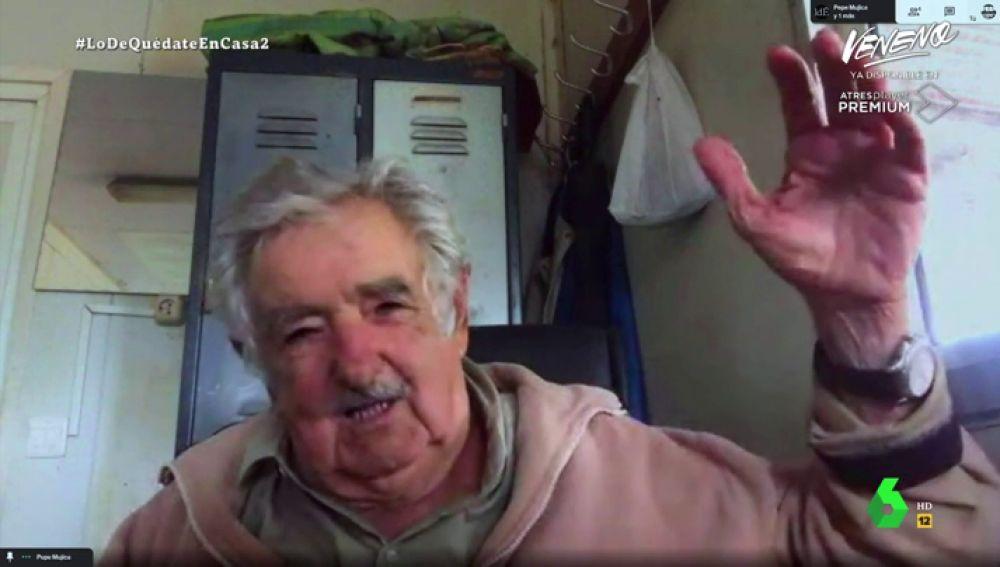 """La reflexión de José Mujica sobre la felicidad en tiempos de coronavirus: """"Gastamos el tiempo en vivir, pero ¿qué es vivir?"""""""