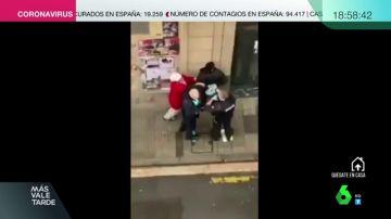 La Ertzaintza investiga a dos agentes por golpear a un hombre y a su madre en una intervención en Bilbao