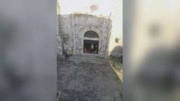 Personas saltándose el confinamiento para ir a misa