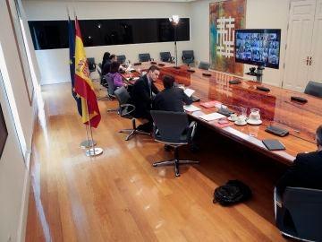 Imagen de la reunión de Sánchez con los presidentes autonómicos de este domingo