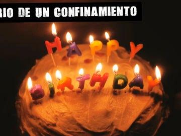 Tarta de cumpleaños en la oscuridad