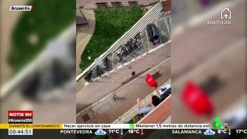 Un runner se salta el confinamiento diariamente para hacer deporte y un grupo de vecinos decide hacer justicia