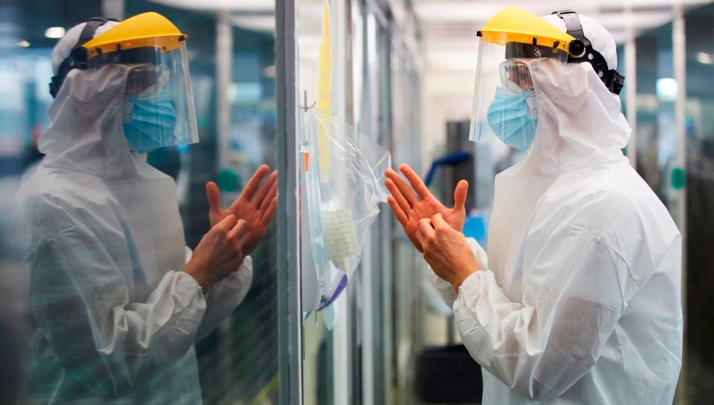 España se acerca a los 22 mil fallecimientos por coronavirus