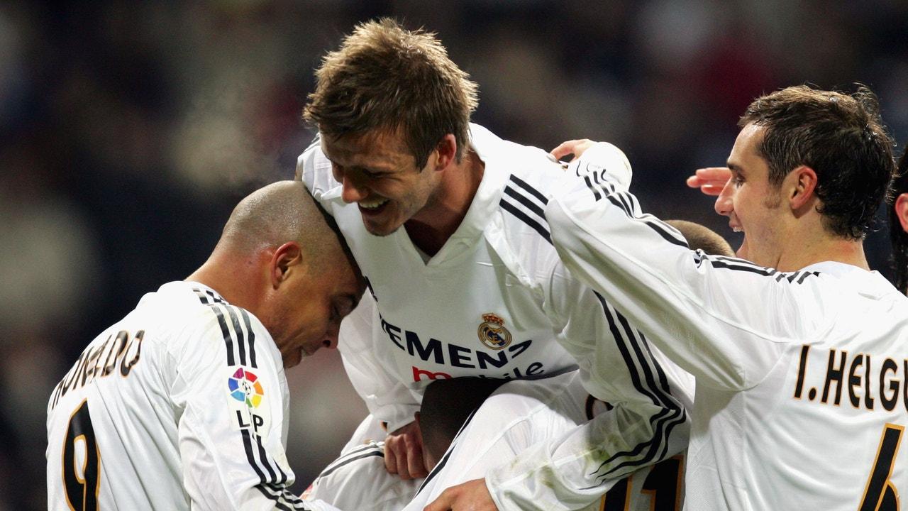 El Real Madrid de 'Los Galácticos' celebrando un gol